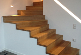 Holzstufen auf Beton- oder Metalltreppen von Matthias Kroth